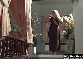 Watch the most beautiful blonde in the history of the planet Silvia Saint
