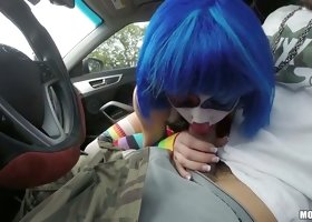 Busty Asian clown in blue wig Mikayla Mico blows lollicock in the car