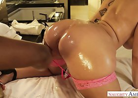 Oiled up delicious mommy Sara Jay rubs BBC with her huge button