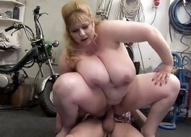 Golden-Haired big beautiful woman-Mother I'd Like To Fuck with the Repairman