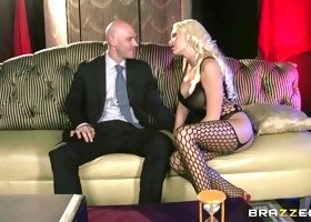 Pornstars Like it Big: Pleasure Before Business. Summer Brielle, Johnny Sins