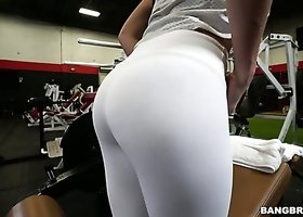 Nice sporty yoga girl Keisha Grey loves riding dick right in the gym